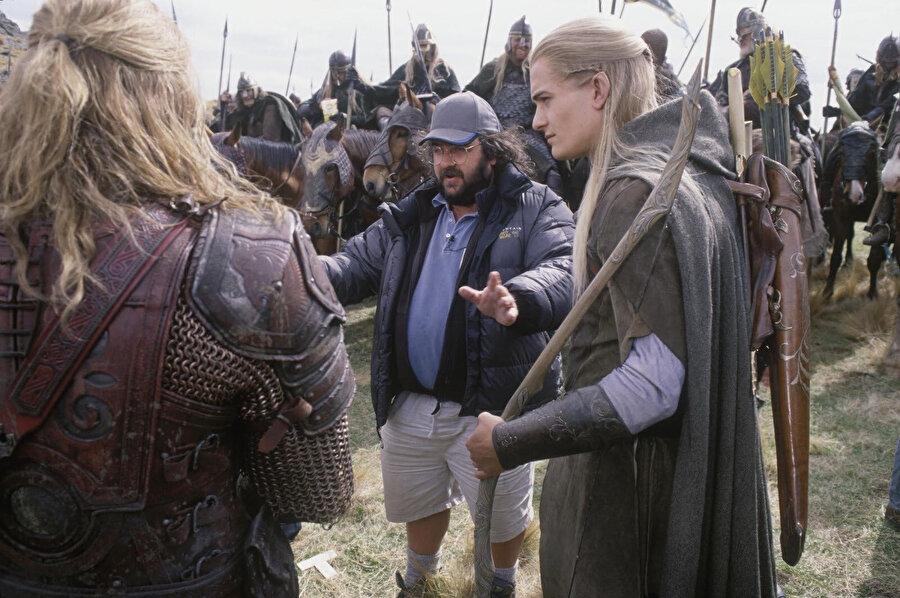 Yönetmen Peter Jackson ve oyuncuların ilk filmin setinden görüntüleri