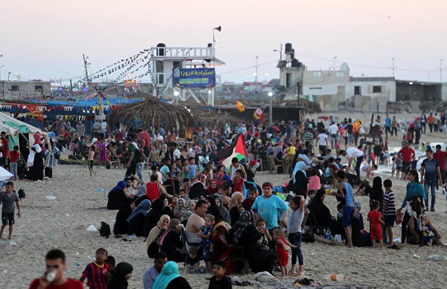 Gazze şeridi dünyada en yoğun nüfuslu yerlerden biri olarak kabul ediliyor.