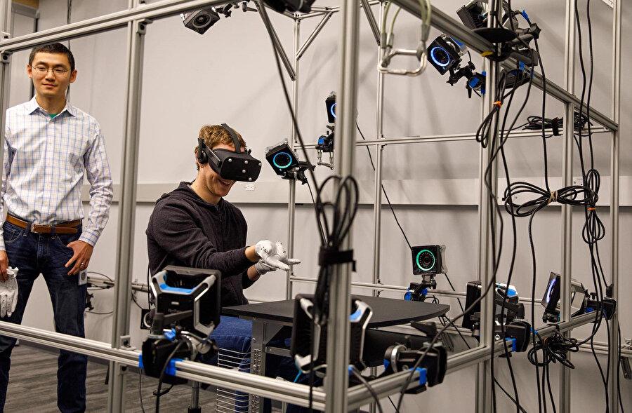 Şu anda Facebook Reality Labs'te çalışmalar tüm hızıyla devam ediyor.