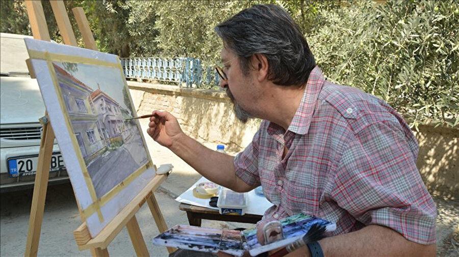 Orhan Güler, 128 tane tablo yaptı