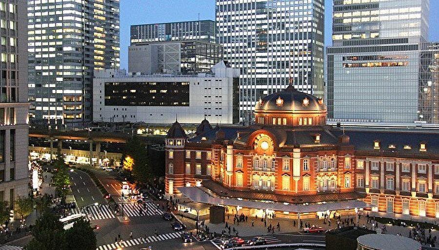 Japonya'daki binalar, deprem için özel yönergelerle hazırlanıyor.