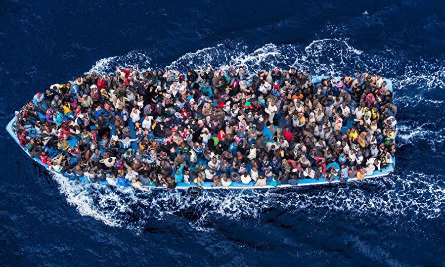 İtalya'nın düzensiz göçmenleri taşıyan gemileri kabul etmesine Macaristan karşı çıkmıştı.