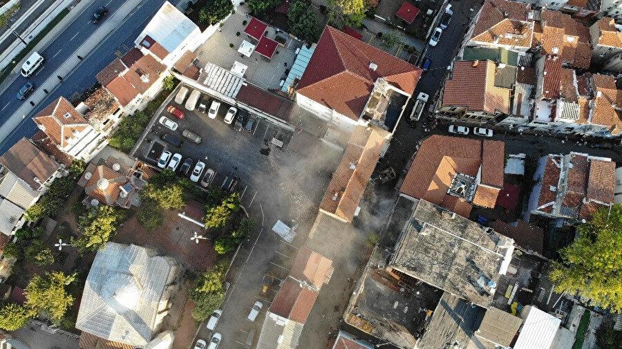 Deprem, İstanbul'da meydana getirdiği 'panik dalgasıyla' ne kadar ciddi bir sınav olduğunu herkese gösterdi.