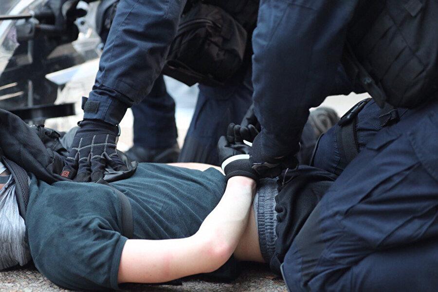 Göstericiler gözaltına alındı -DHA