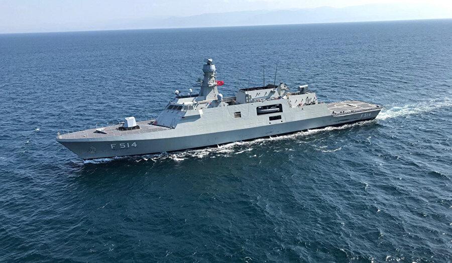 Milli savaş gemisi Kınalıada Deniz Kuvvetleri'ne teslim edildi.