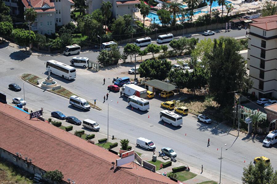 Antalya'da trafik denetimi havadan gerçekleştirilmişti.