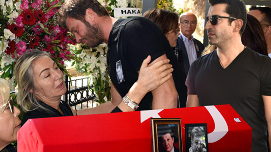 Tarık Ünlüoğlu'nun eşi Gülenay Kalkan