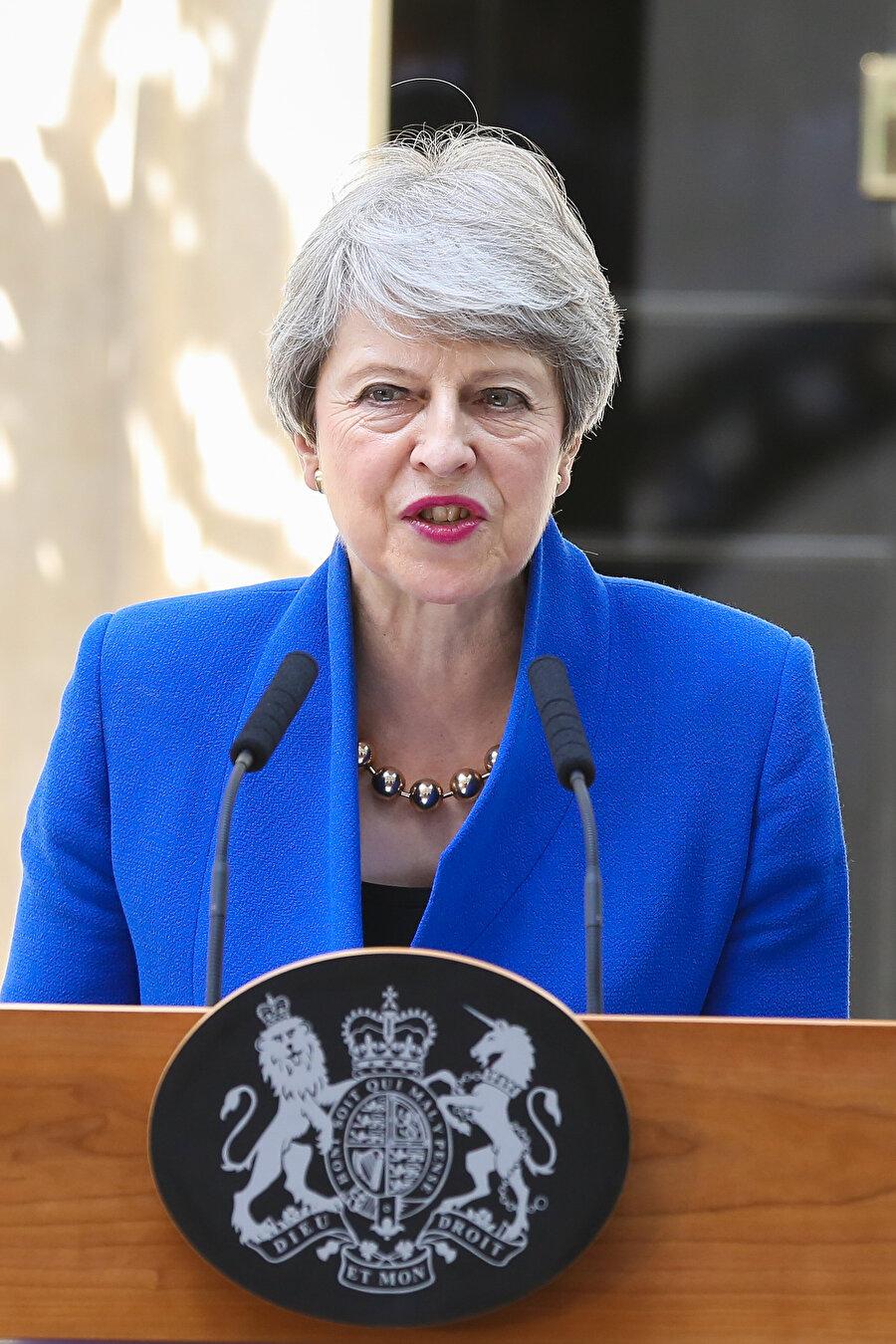 Theresa May, Brexit sürecinde istifa eden ikinci başbakan olmuştu.