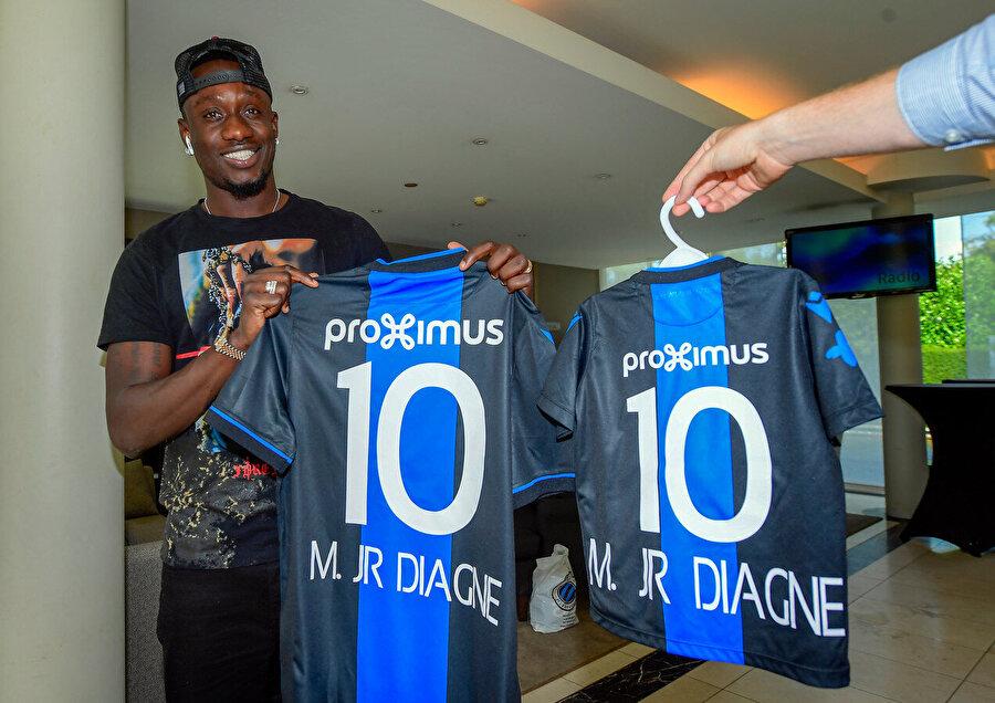 Mbaye Diagne, 3.35 milyon Euro'luk kiralama bedeli ve 13.5 Milyon Euro'luk satın alma opsiyonuyla Club Brugge'a transfer oldu.