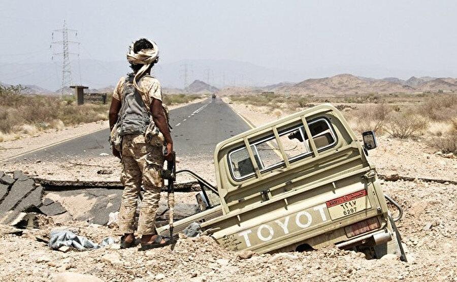 Husiler ile Birleşik Arap Emirlikleri destekli Koalisyon güçlerinin mücadelesinin sürdüğü Yemen'de istikrarsızlık hakim.