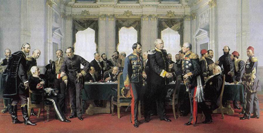 13 Temmuz 1878'de yapılan Berlin Antlaşması'nın son toplantısı, Gyula Andrássy ile Pyotr Shuvalov arasında Bismarck, solda Alajos Károlyi, Alexander Gorchakov (oturmuş) ve Benjamin Disraeli yer alıyor.