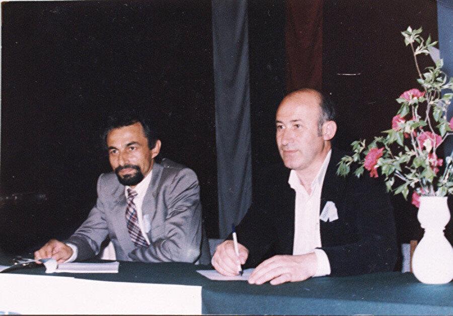 Ahmet Doğan (sağda) ''Hak ve Özgürlükler Hareketi (HÖH) ün kuruluşu kongresi.