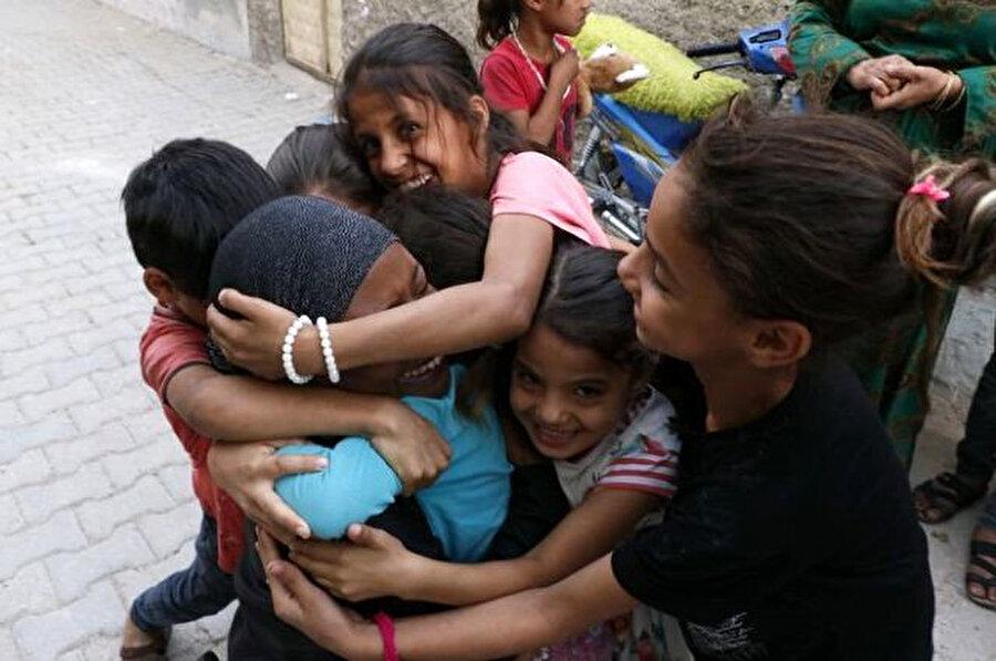 Della Miles, Şanlıurfa'da çocuklarla buluştu