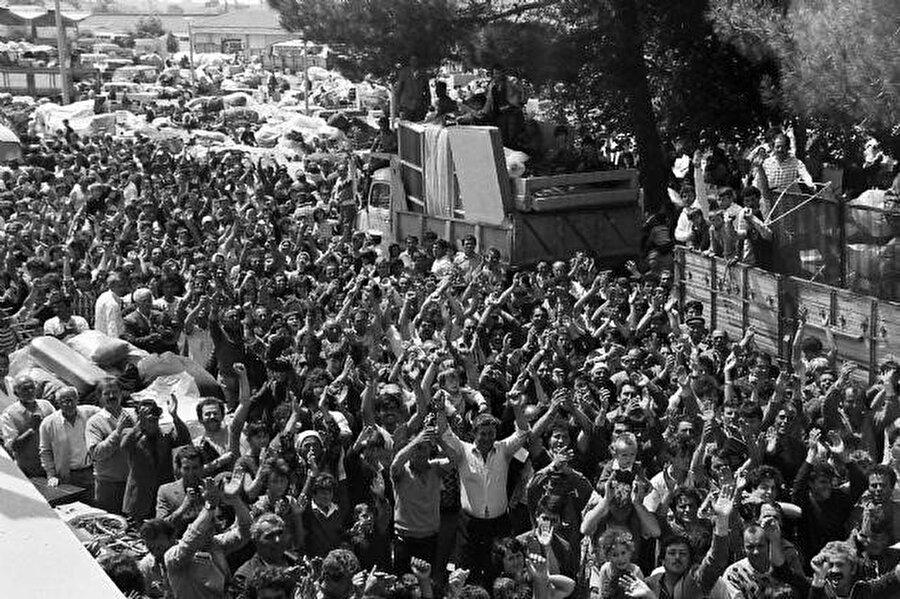 Kapıkule Sınır Kapısından Bulgaristan'a giriş yapan Türkler.