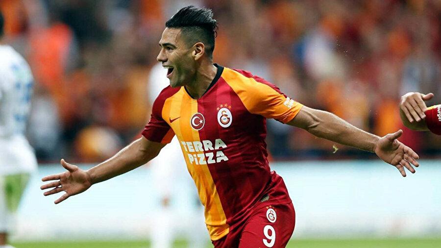 Falcao, Galatasaray formasıyla ilk golünü Kasımpaşa'ya karşı kaydetti