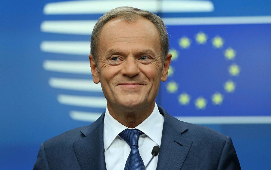 AB Konseyi Başkanı Donald Tusk, İngiltere Başbakanı Boris Johnson'ın mektubunun kendilerine ulaştığını açıkladı.