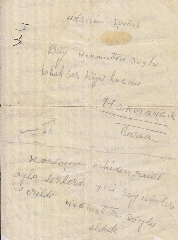 """Harmancık'ta imam olan Necmeddin'in, kardeşi Hafız Müfid'e gönderdiği mektupta """"Soylu"""" soyadını aldığını ifade ettiği mektup."""