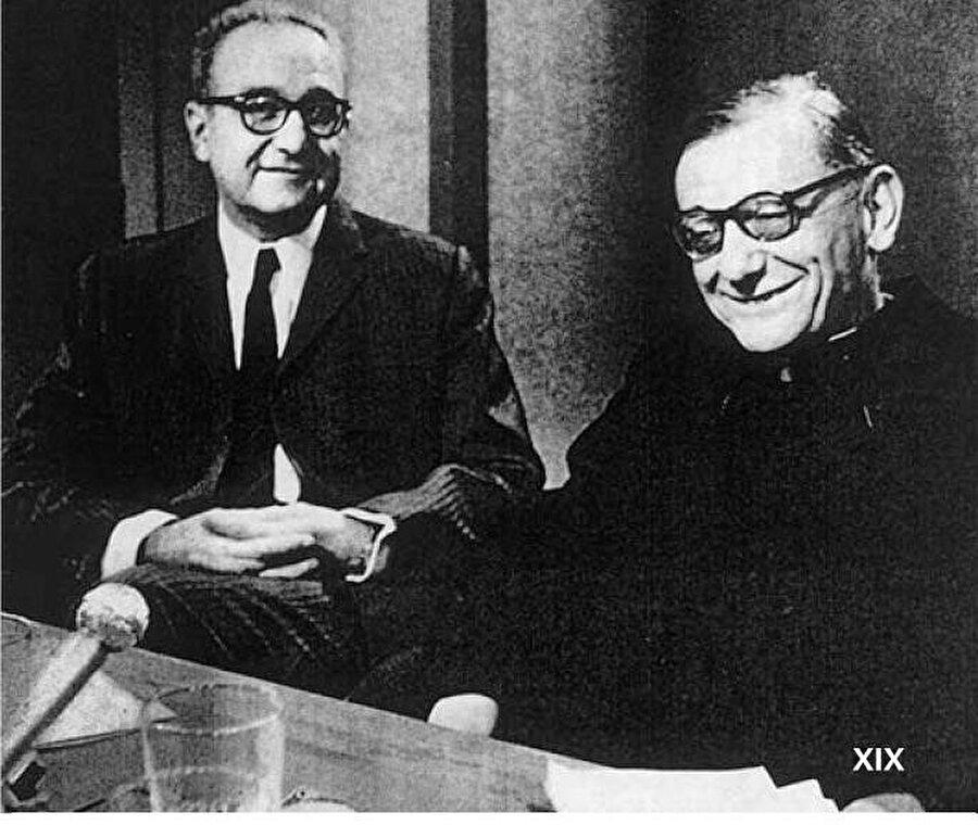 Roger Garaudy, (solda) 1970 yılında bir televizyon kanalında Kardinal Daniélou ile birlikte görülüyor.