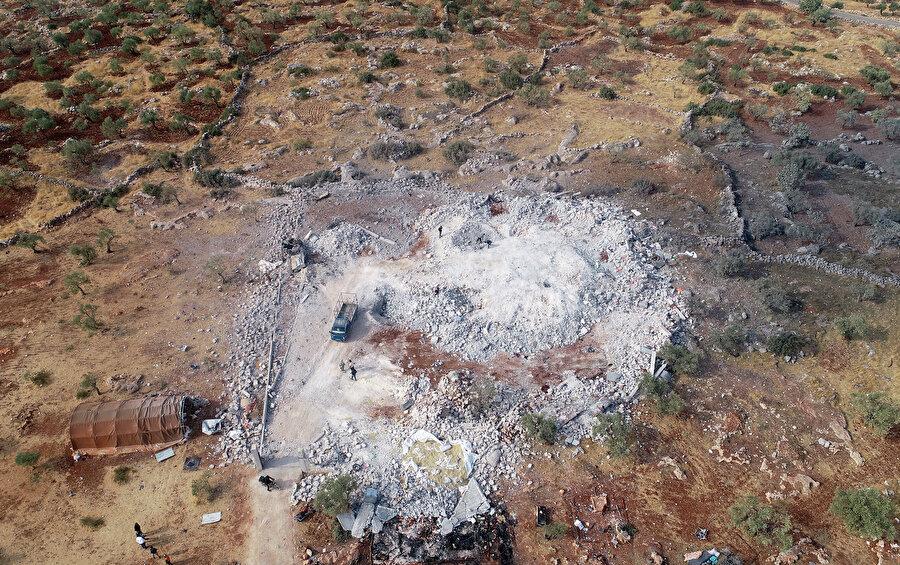 Terör örgütü DEAş'ın lideri Bağdadi'ye düzenlenen operasyonun alanı havadan görüntülendi.