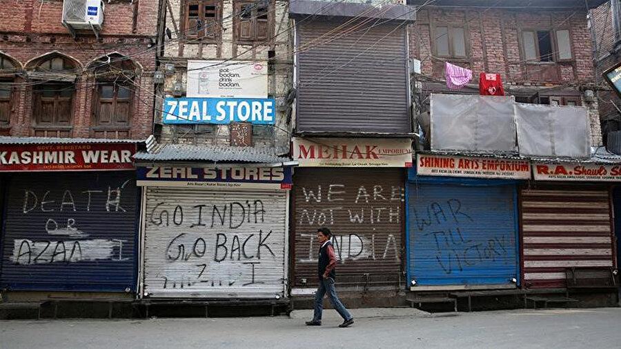 Hindistan kontrolündeki Cammu Keşmir'in başkenti Srinagar.