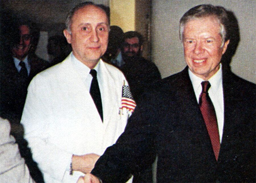 Jimmy Carter, 20 Ocak 1981'de serbest bırakılan rehineleri Batı Almanya'da karşıladı.