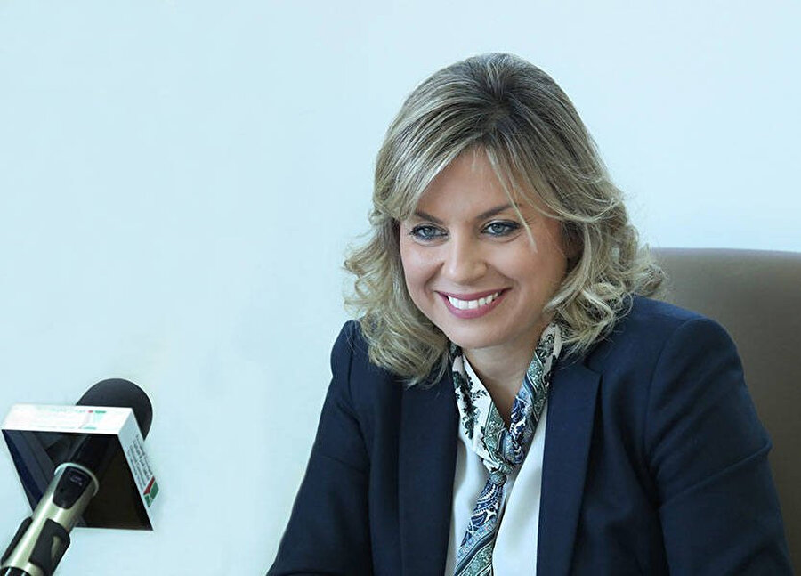 Lübnan Cumhurbaşkanlığına bağlı Kadın İşleri Kurulu Başkanı Claudine Avn Rukız.