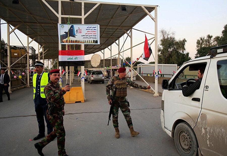 4 ayrı giriş kapısı bulunan bölge, özel askeri güçler tarafından korunuyor.