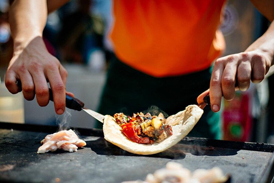 Slovenya'nın 170'den fazla yöresel yiyeceği var.