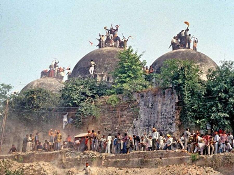 Babri Mescidi 1992'de Hindular tarafından saldırıya uğramıştı.