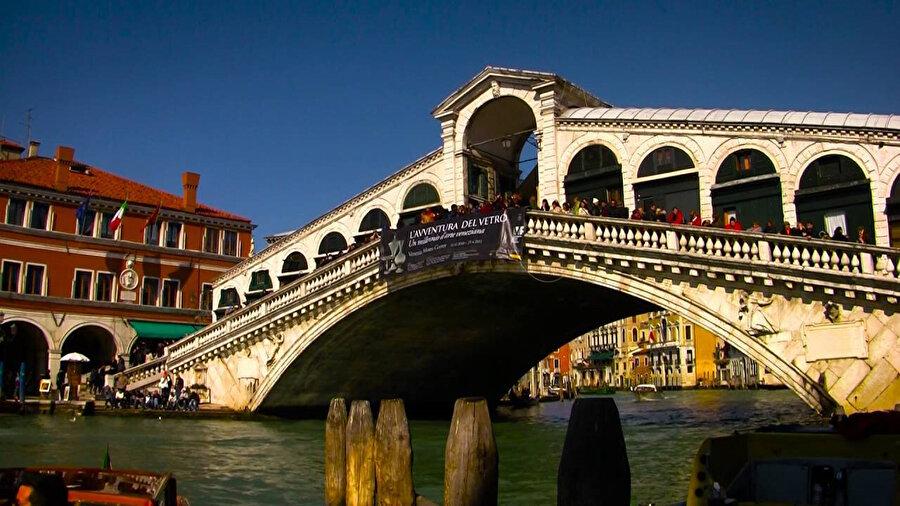 Ponte di Rialto.