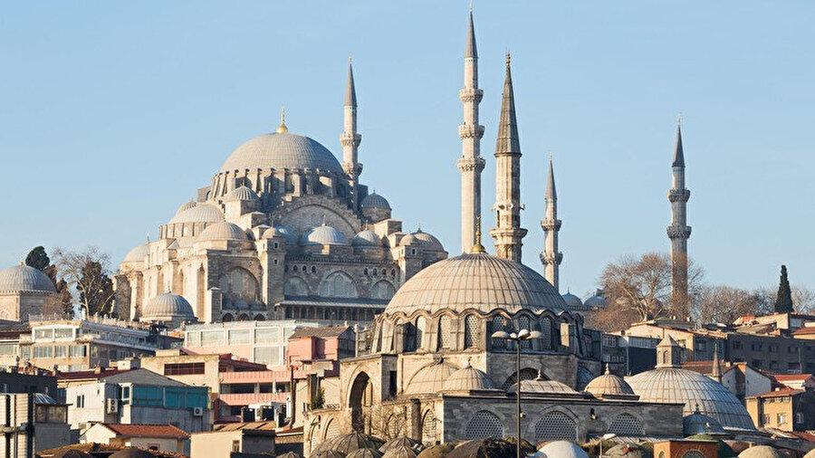 Süleymaniye ve Rüstem Paşa Camii