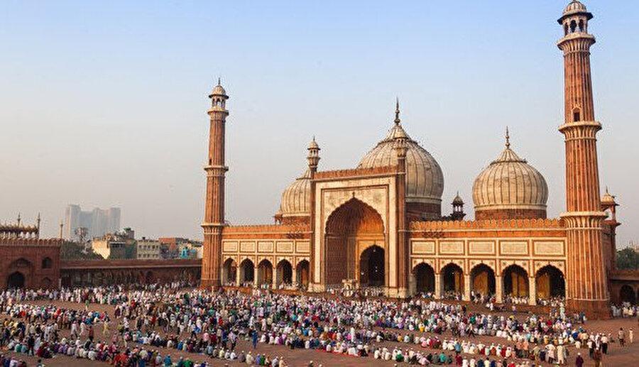 Delhi Cuma Cami