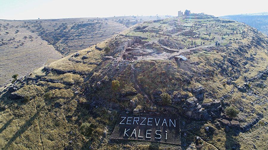 Zerzevan Kalesi'ndeki kazı çalışmaları 5 yıldır devam ediyor.