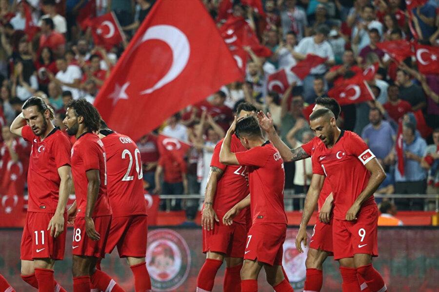 A Milli Futbol Takımı, H Grubu'nda Fransa'yla birlikte EURO 2020 vizesi alan ülke oldu.