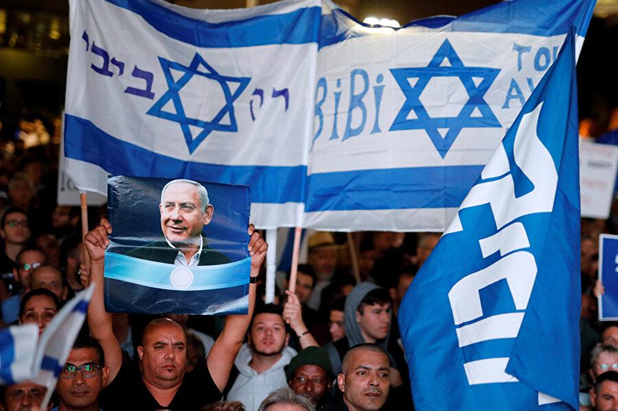Netanyahu'ya destek yürüyüşü yapıldı.