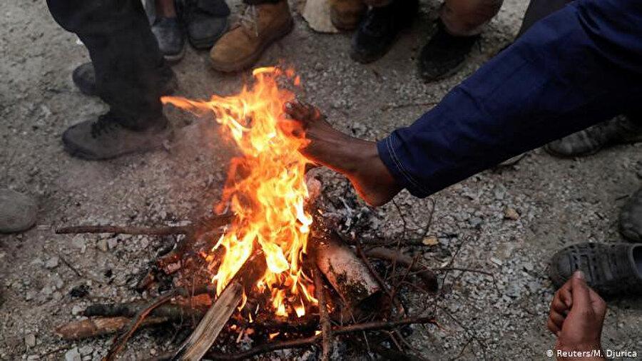 Mültecilerin kışı kampta geçirmesi durumunda ölümlerin olabileceği uyarısı yapılıyor.