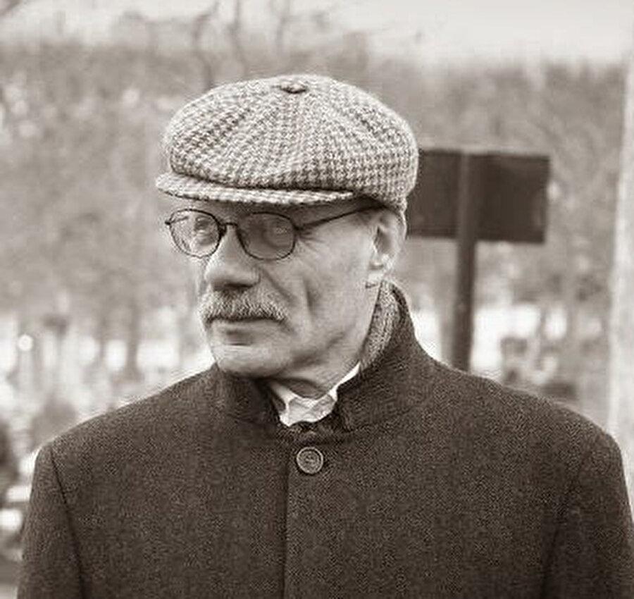 Prof. Claudio Umar Amin Mutti
