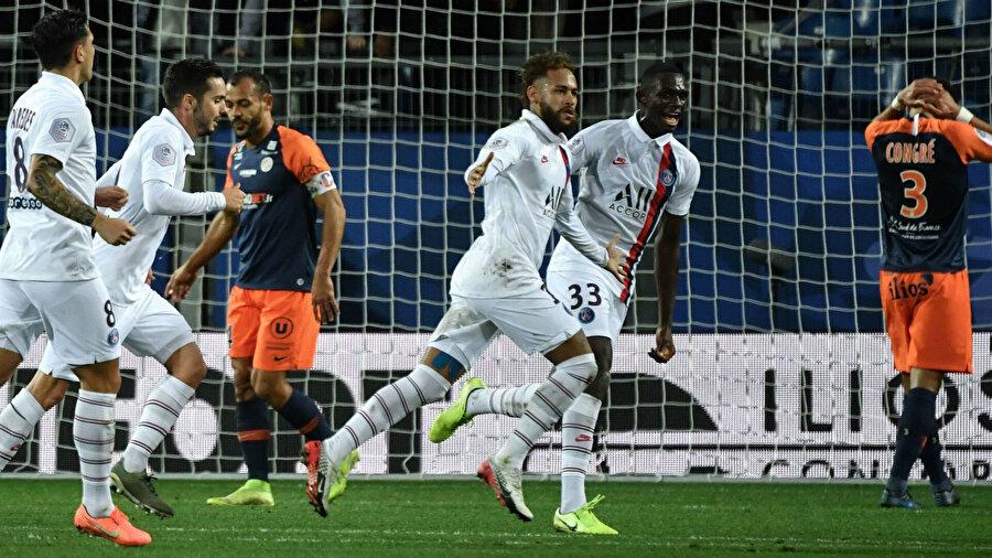 Neymar karşılaşmada 1 gol 1 asist üretti.
