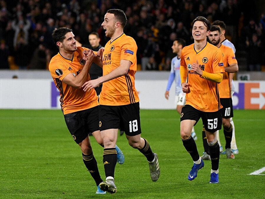 Wolverhampton grupta 6 karşılaşmada 4 galibiyet 1 beraberlik ve 1 mağlubiyet elde etti.