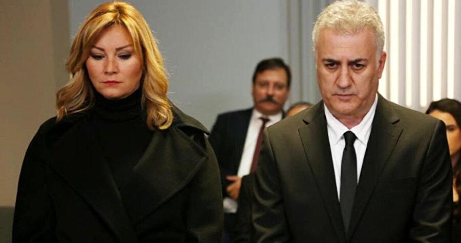 Pınar Altuğ ve Tamer Karadağlı.