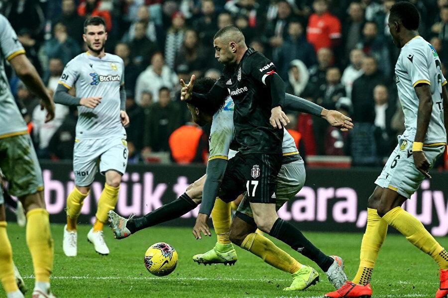 Beşiktaş 8 maçlık yenilmezlik serisini Yeni Malatyaspor maçı ile kaybetti.