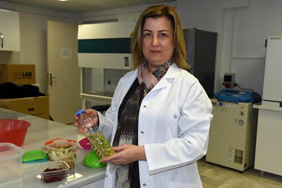 Prof. Dr. Reyhan İrkin, saklama kapları konusunda uyarılarda bulundu.