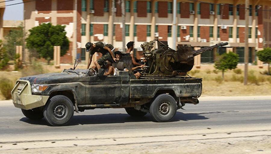 Halife Hafter güçleri Nisan ayından bu yana başkent Trablus'a saldırılar düzenliyor.