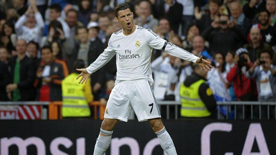 Ronaldo, Real Madrid formasıyla 40 gol kaydetti.