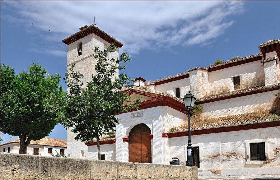San Nicolas Kilisesi'ne dönüştürülen Gırnata Ulu Camisi.