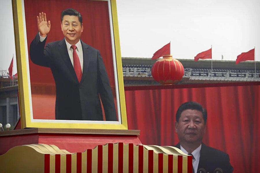 Şi Cinping yönetimindeki Çin, resmi ideolojisinin dışındaki tüm görüş ve ideolojilere savaş açmış durumda.