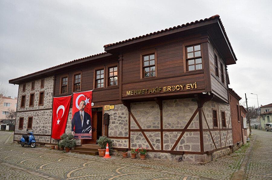 Mehmet Akif Ersoy'un Çanakkale'deki evi.