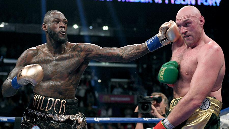İki boksörün yenilgisi bulunmuyor.