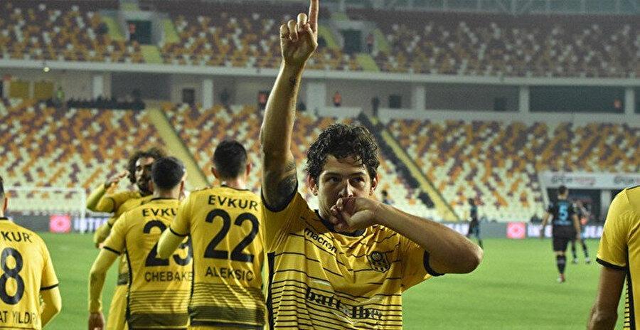 Guilherme bu sezon ligde 5 gol 6 asist üretti.