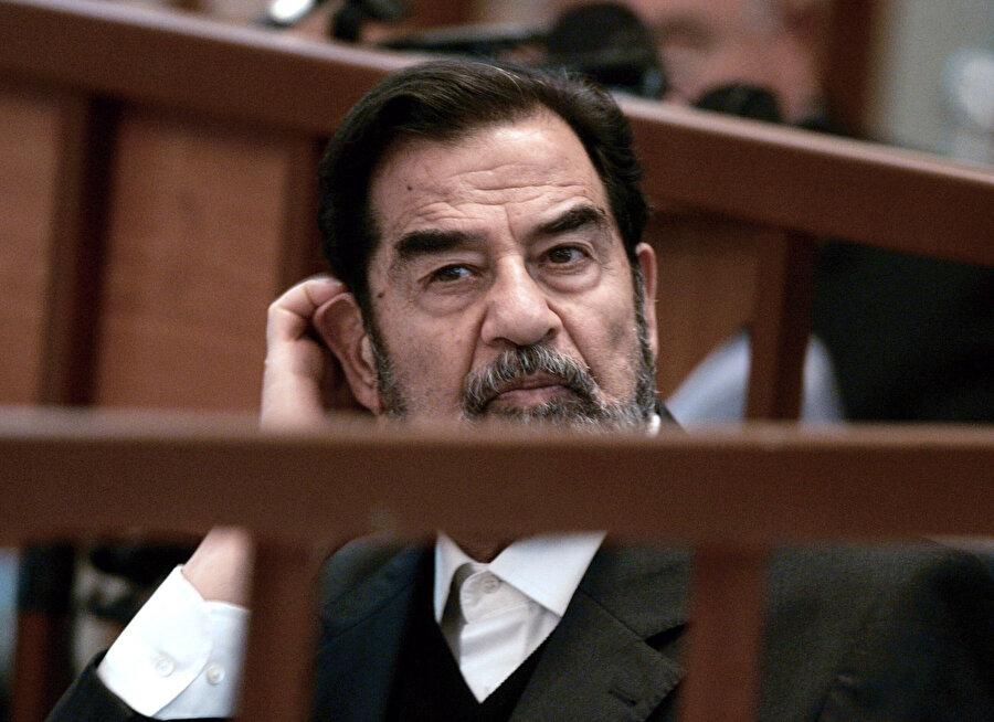Irak'ın beşinci cumhurbaşkanı Saddam Hüseyin